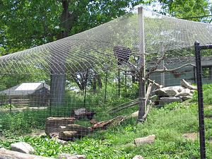 """16 gauge 2""""x2"""" mesh woven non-climb fence"""
