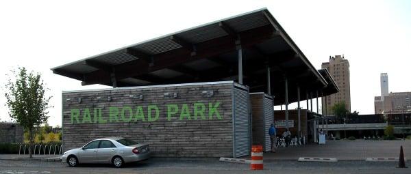 Railroad Park entrance
