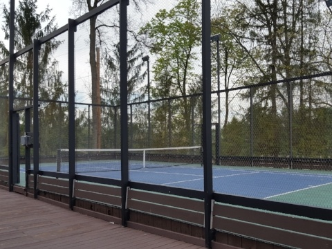 Platform Tennis Court--Mesh