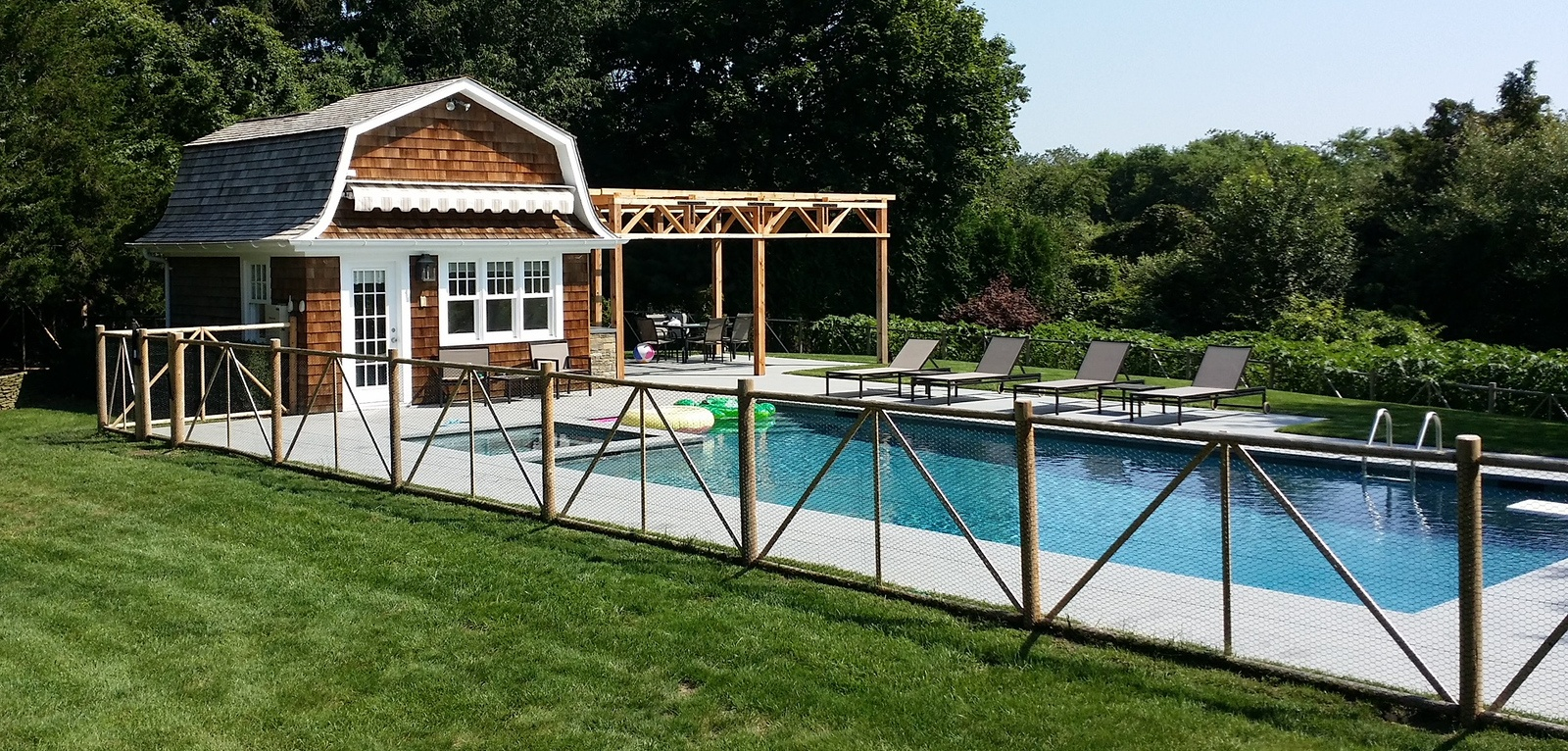 black hex wire pool fence