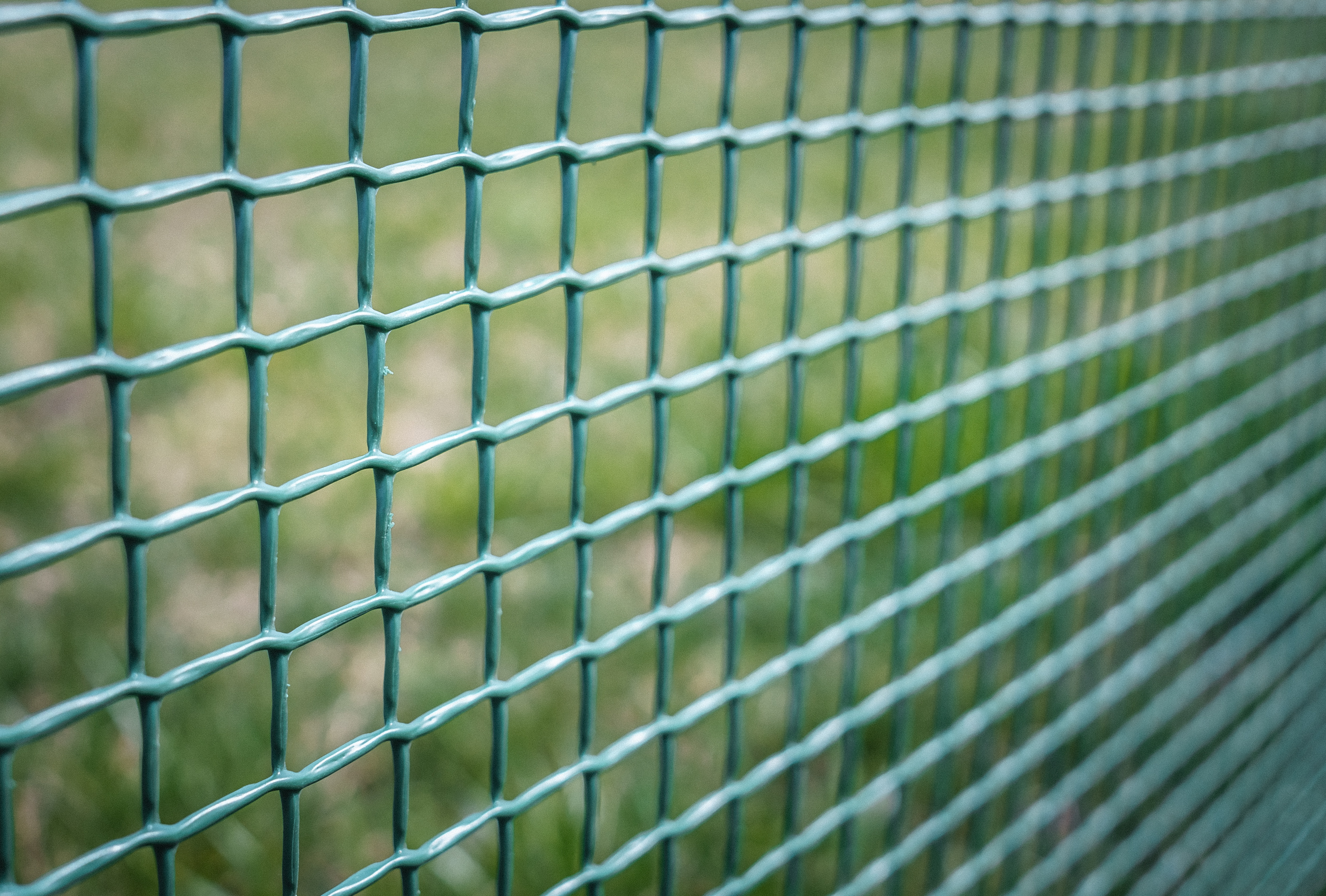 Twisted Wire Fence - WIRE Center •