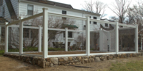 sag harbor fence with 1x1 black wire